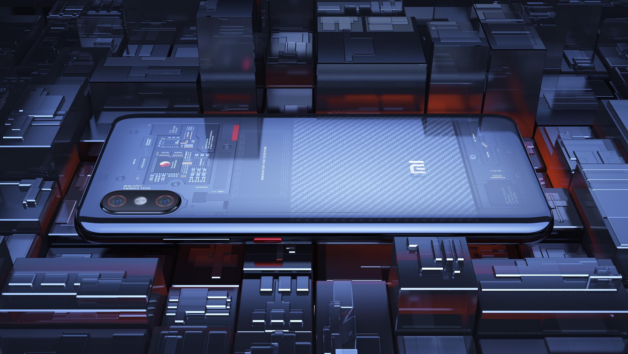 [ADX] Xiaomi Mi 8 Pro con su carcasa transparente atrae miradas por fuera y por dentro [Fotos+Video]