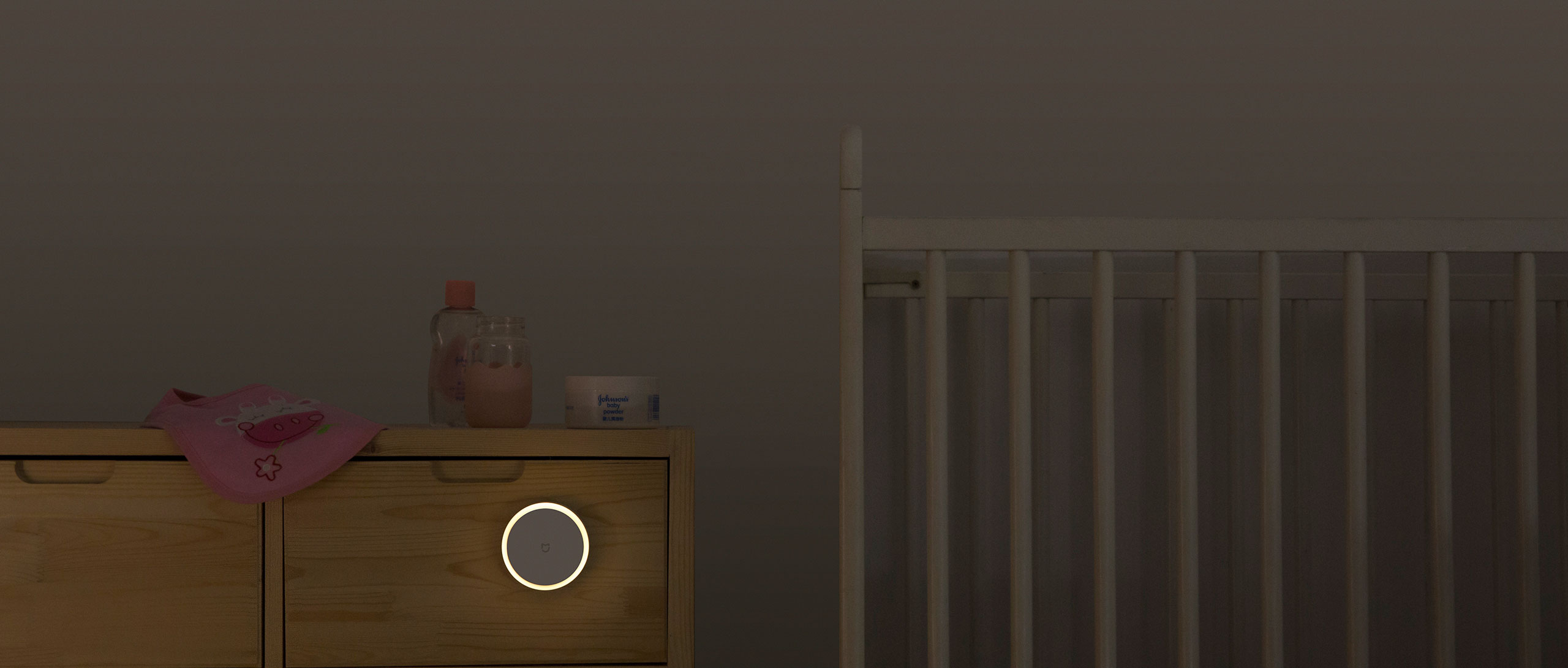 The Mi Motion-Activated Night Light emits soft, warm light without any directed flash, providing an extra layer of protection for the sensitive eyes of your ...